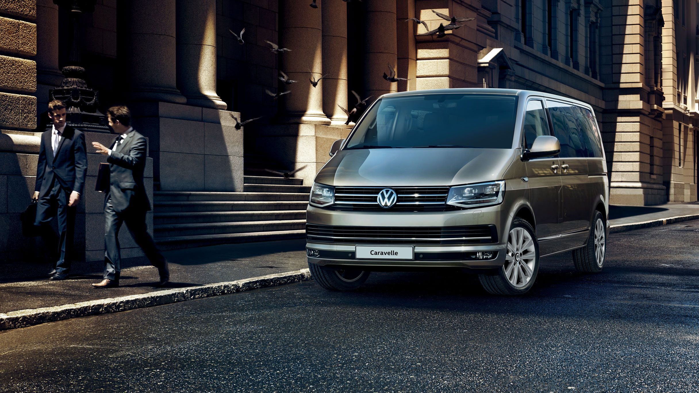 Volkswagen Caravelle specs and prices